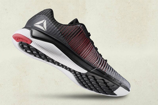 bdd4267ef41923 Reebok Launches the Fast Flexweave Running Shoe